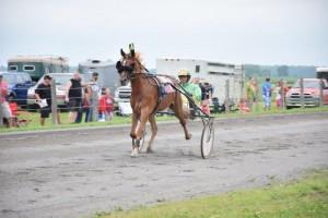 9 juillet - Course de chevaux - Saint-Esprit